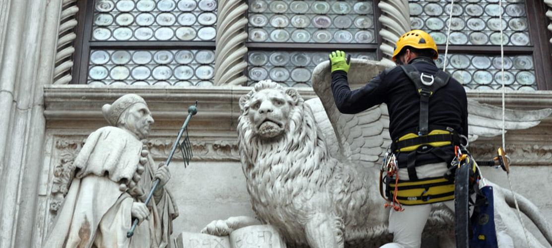 restauro-leone