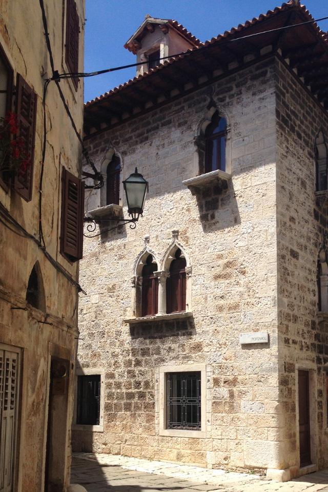 Palazzo a Dignano